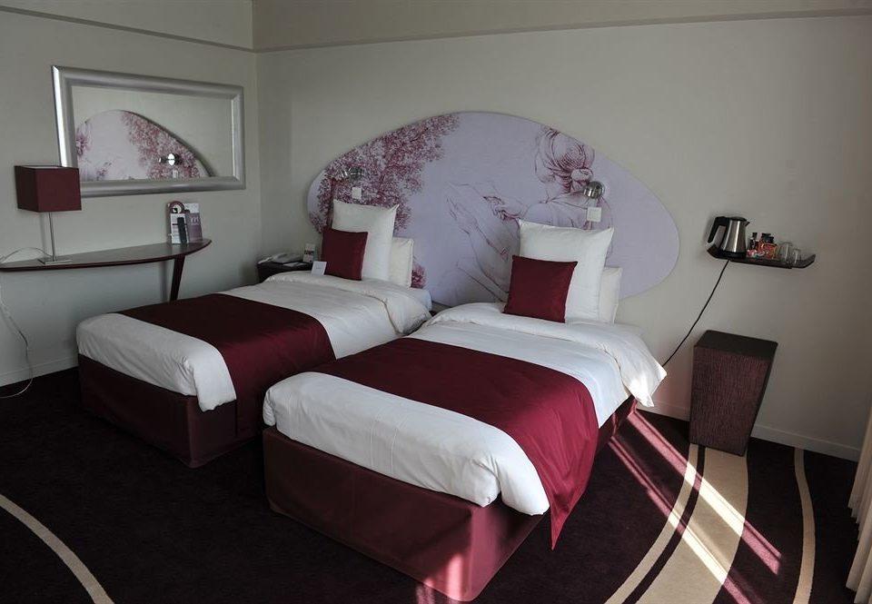 property Bedroom Suite cottage bed sheet living room