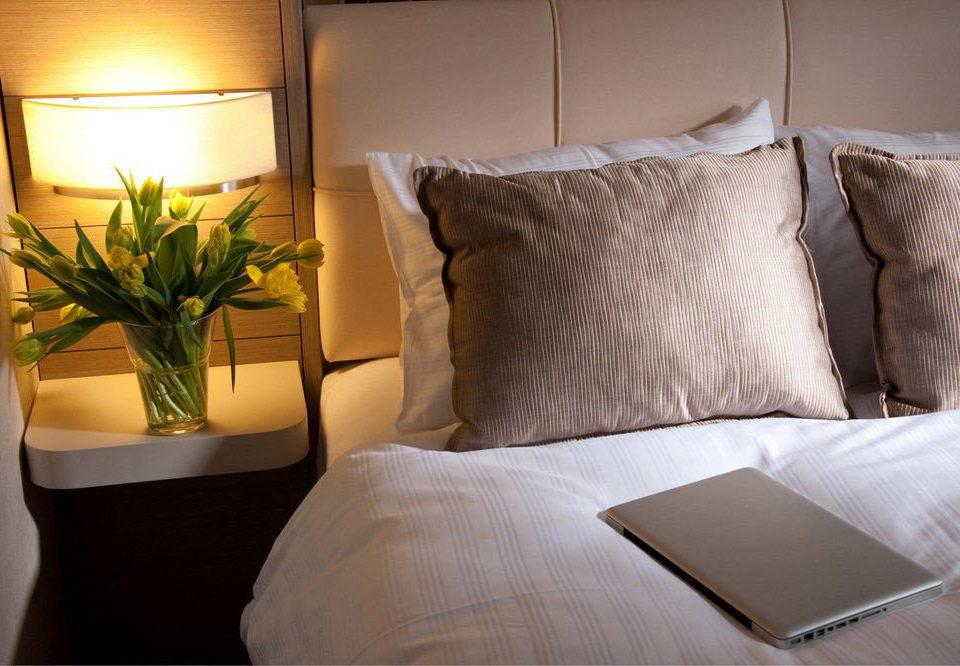 property Suite bed sheet Bedroom duvet cover textile cottage sofa