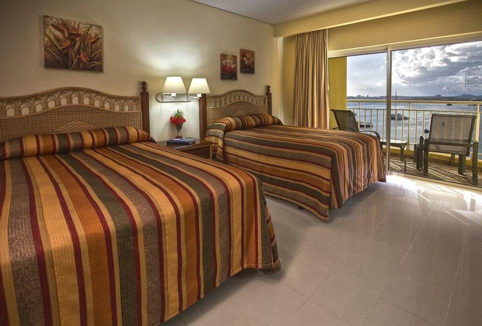 Bedroom property Suite bed sheet cottage