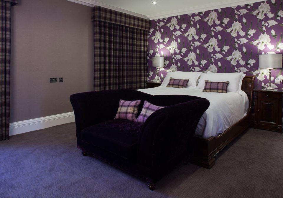 property Bedroom living room Suite home cottage bed sheet