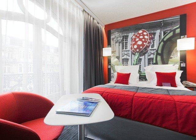 red property living room Suite bed sheet Bedroom