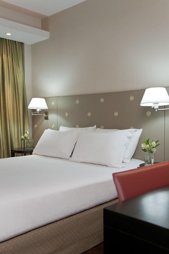 property Suite Bedroom bed sheet pillow