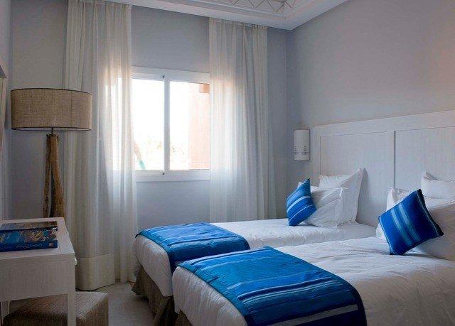 property Bedroom blue cottage Suite lamp
