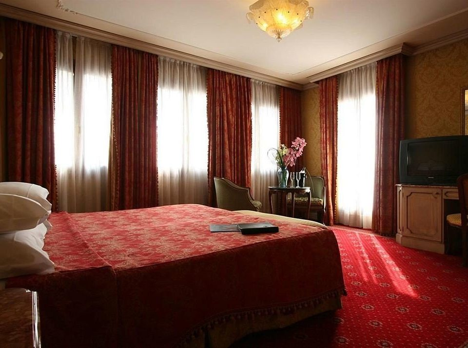 red Bedroom property Suite bright flat