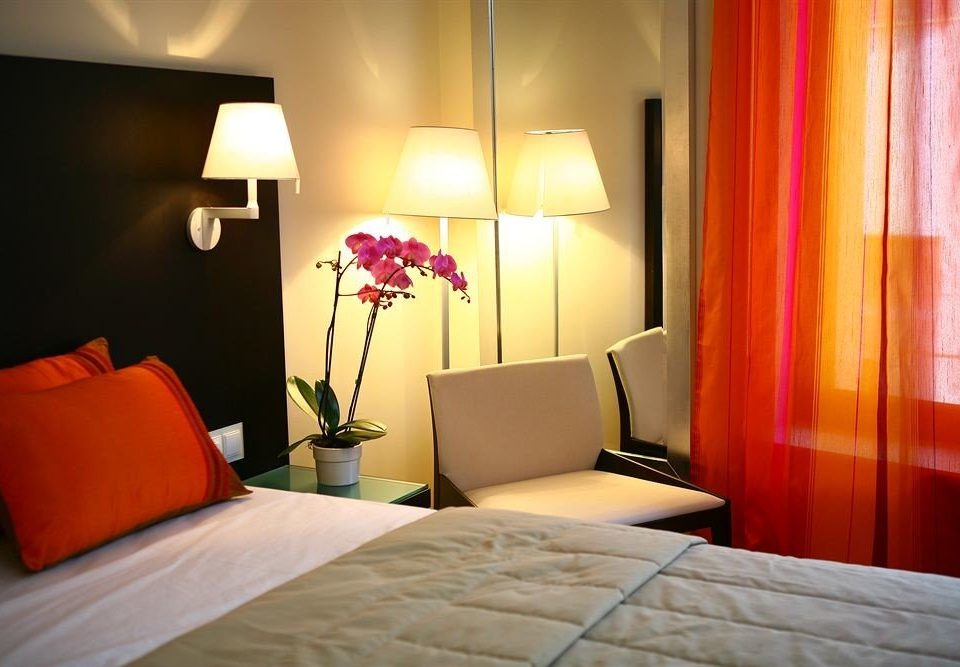property Suite Bedroom orange lamp bright