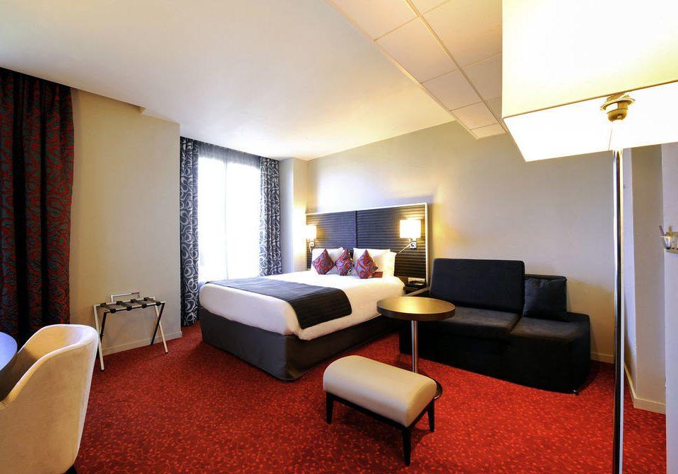 property Bedroom building Suite condominium cottage lamp flat