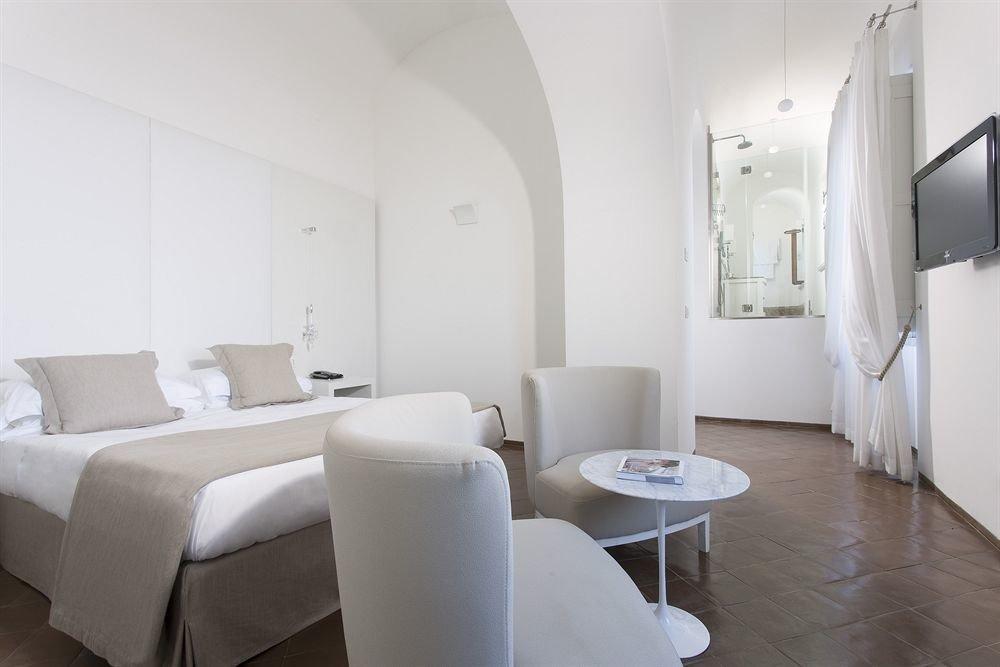 property building Suite condominium waiting room hospital Bedroom