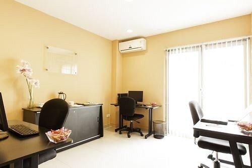 property building condominium Suite living room waiting room Bedroom