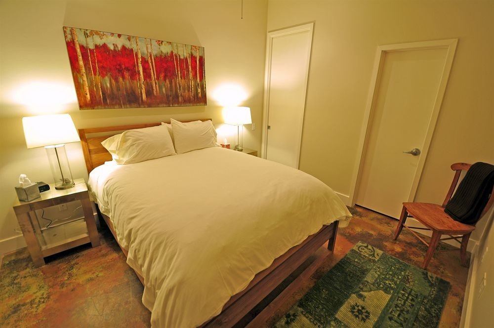 Bedroom property building cottage Suite night