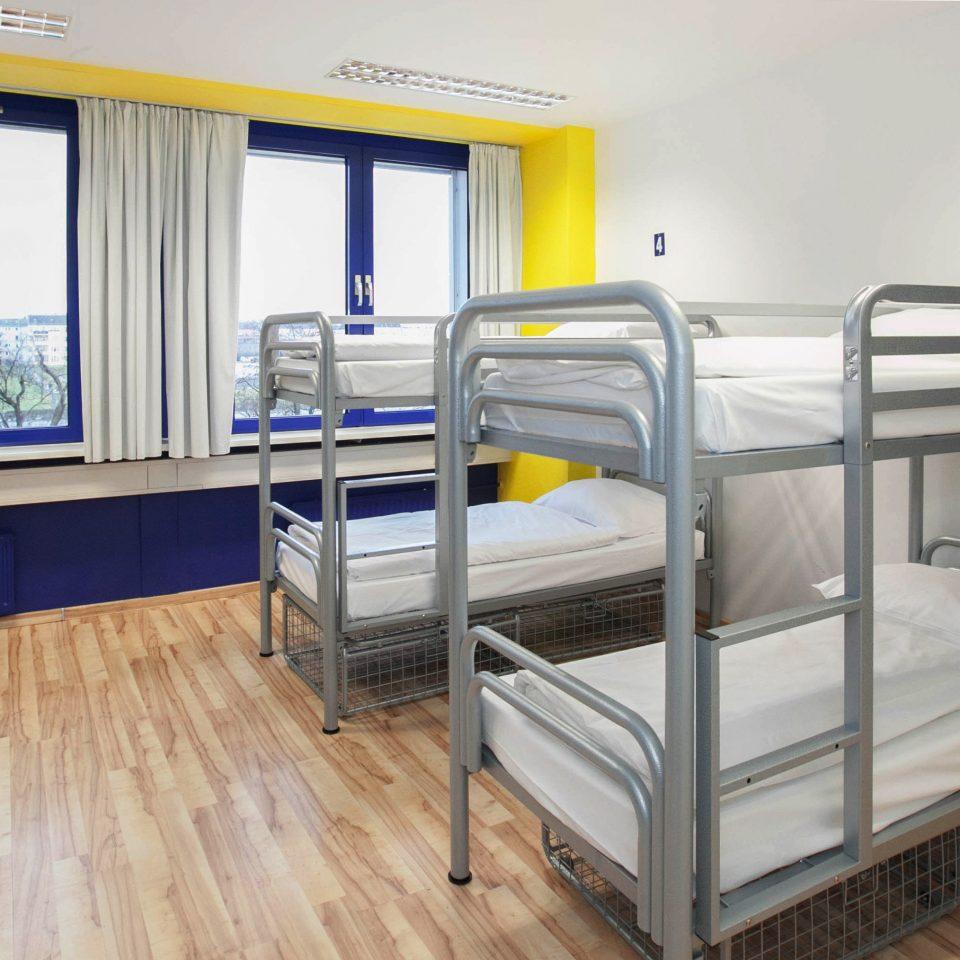 Bedroom Suite property building dormitory cottage hard