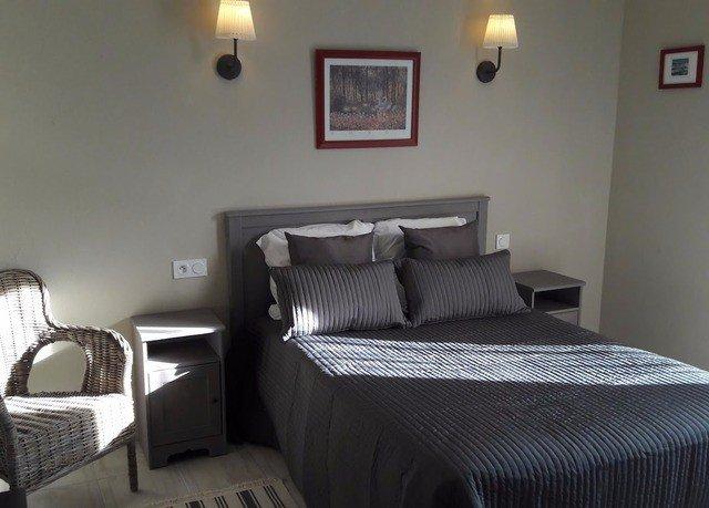 property building Bedroom cottage Suite