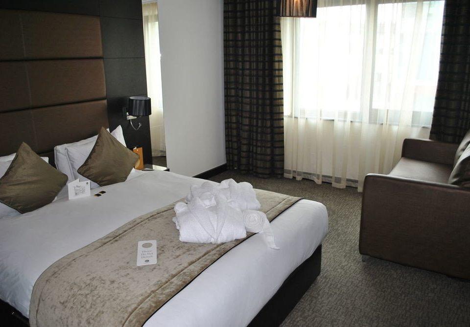 sofa property building Bedroom Suite cottage pillow