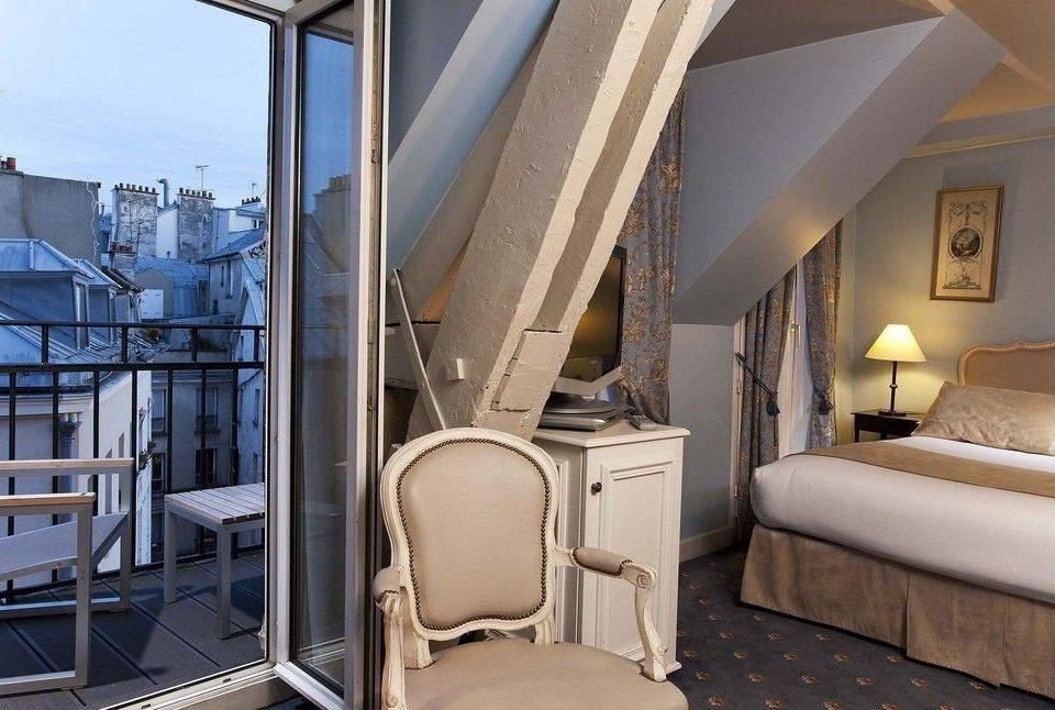 property chair condominium home Suite cottage Bedroom