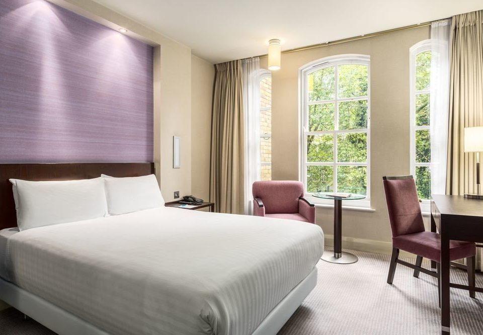 sofa chair Bedroom property Suite condominium cottage