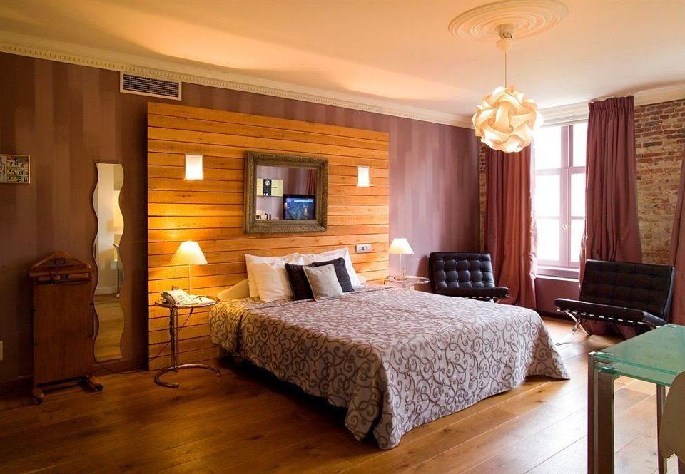 Bedroom property chair Suite hardwood cottage flat