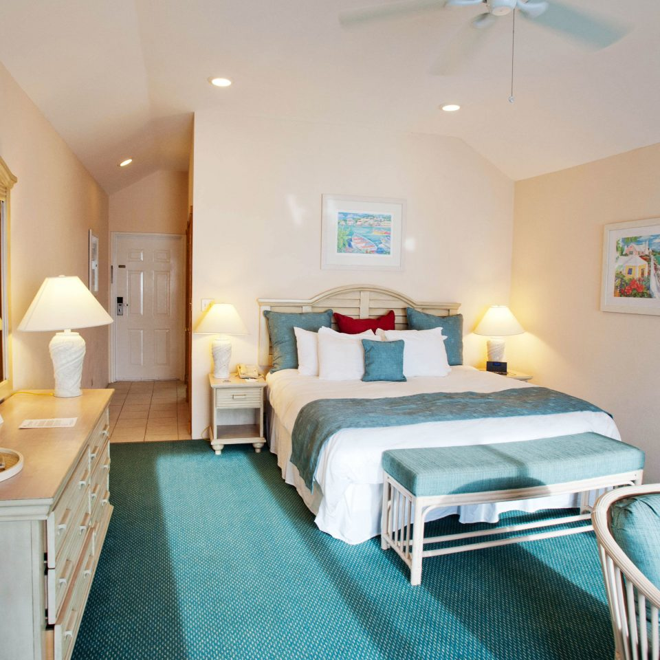 property chair Suite cottage Bedroom