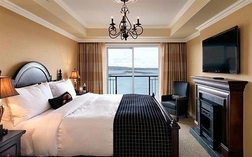 sofa property Bedroom Suite cottage home condominium clean