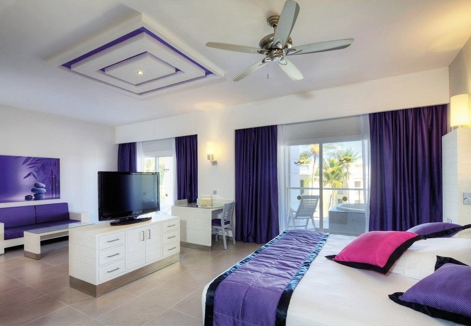 property Bedroom living room Suite home condominium purple clean flat