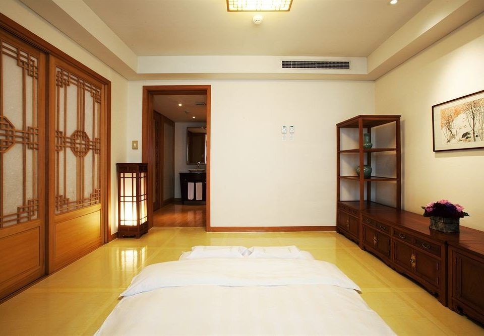 property home hardwood living room Suite cottage mansion Bedroom clean