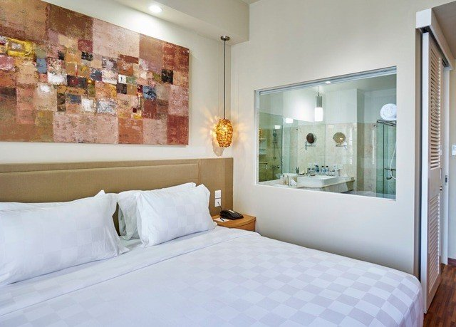 property scene Bedroom white Suite clean