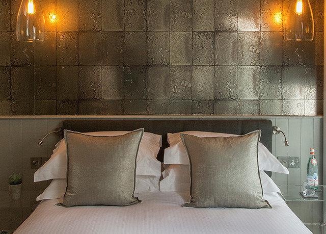 night living room pillow lighting Suite wallpaper sofa seat Bedroom colored