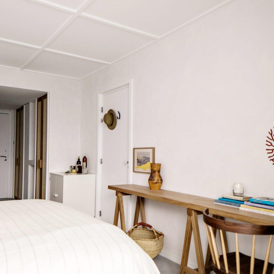 Bedroom Suite home house interior designer comfort