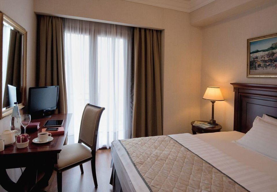 Bedroom property Suite desk curtain condominium cottage lamp containing