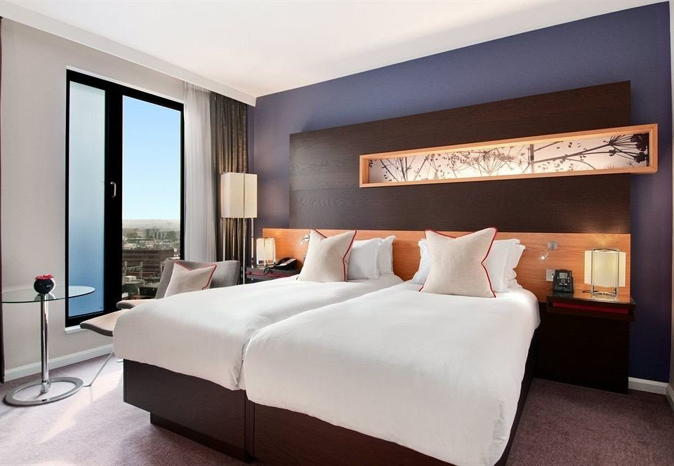 sofa Bedroom property Suite cottage living room condominium flat
