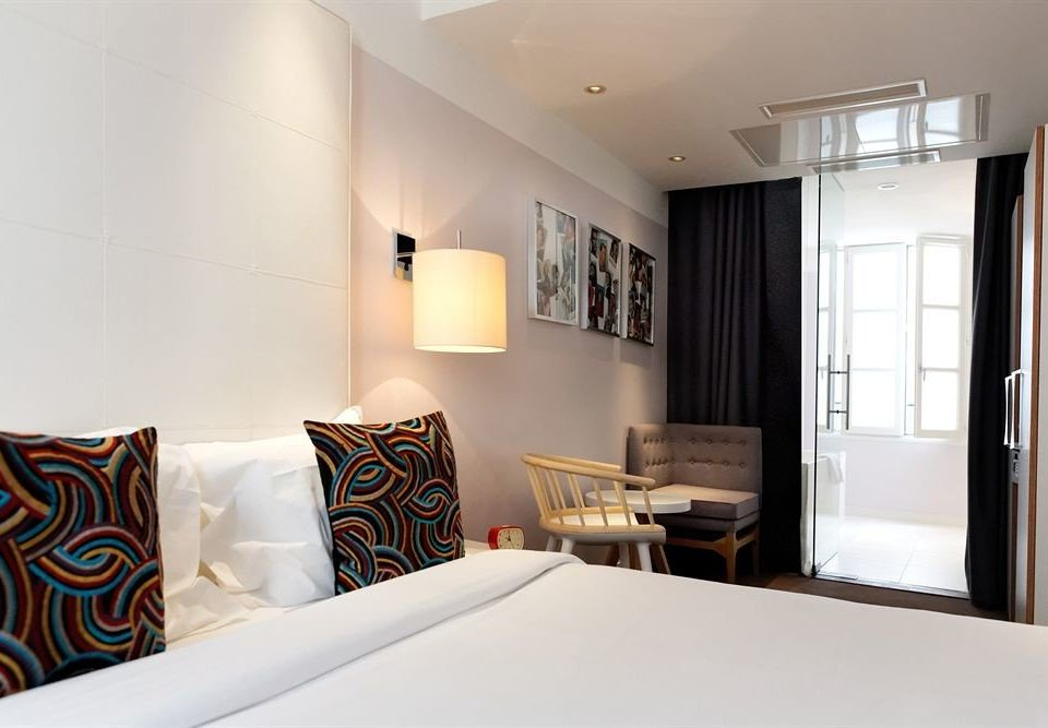 property Bedroom Suite home cottage condominium