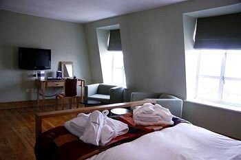 property Bedroom cottage Suite condominium