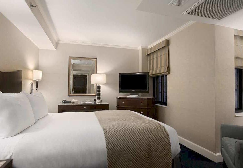 sofa Bedroom property condominium Suite living room cottage