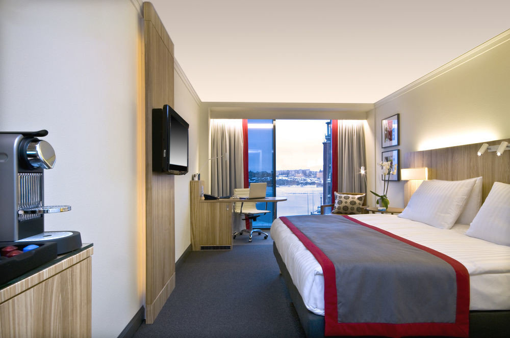 Bedroom property desk Suite scene home condominium cottage flat