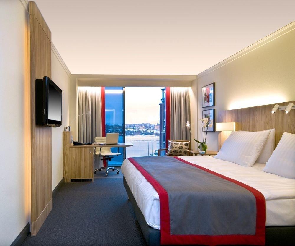 Bedroom property Suite scene condominium cottage flat