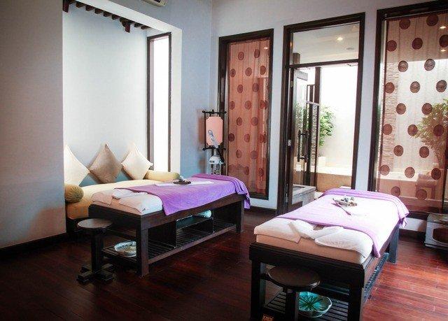 property Bedroom Suite cottage condominium pink