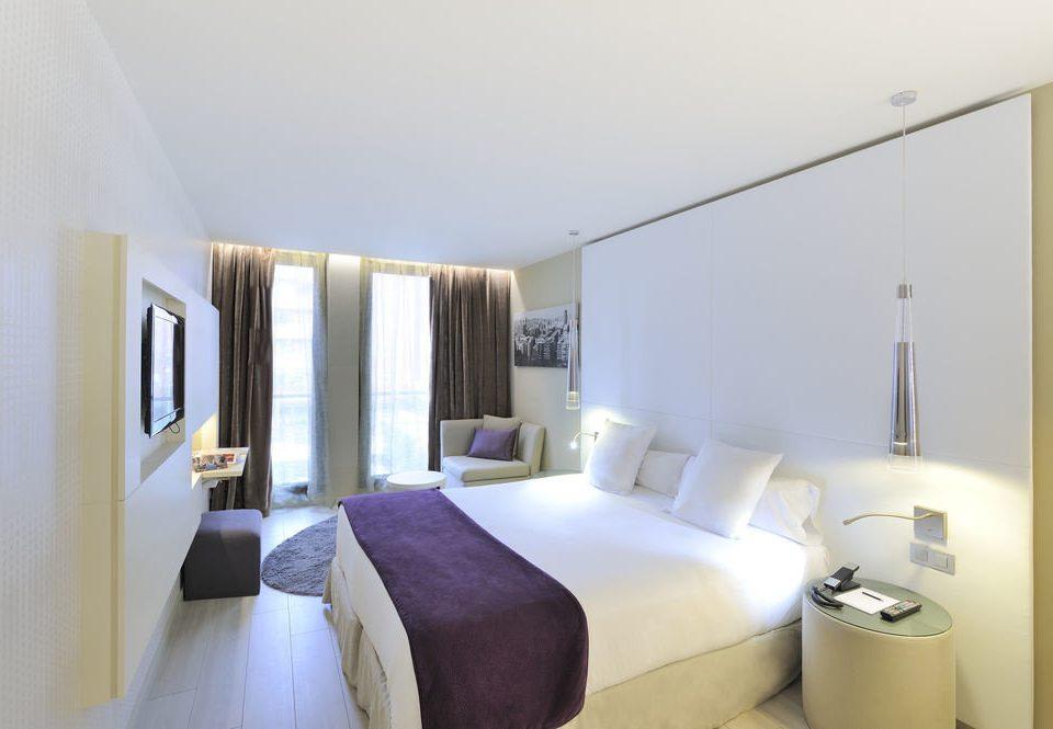 property Bedroom scene Suite condominium cottage