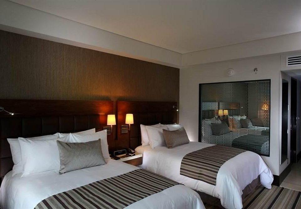 sofa Bedroom property Suite white condominium cottage pillow