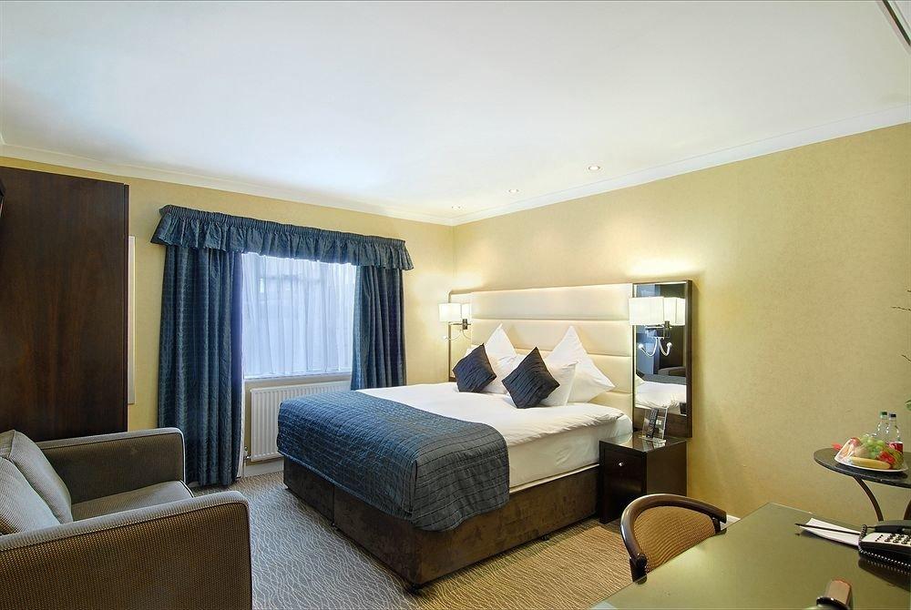 property Suite condominium living room home Bedroom cottage