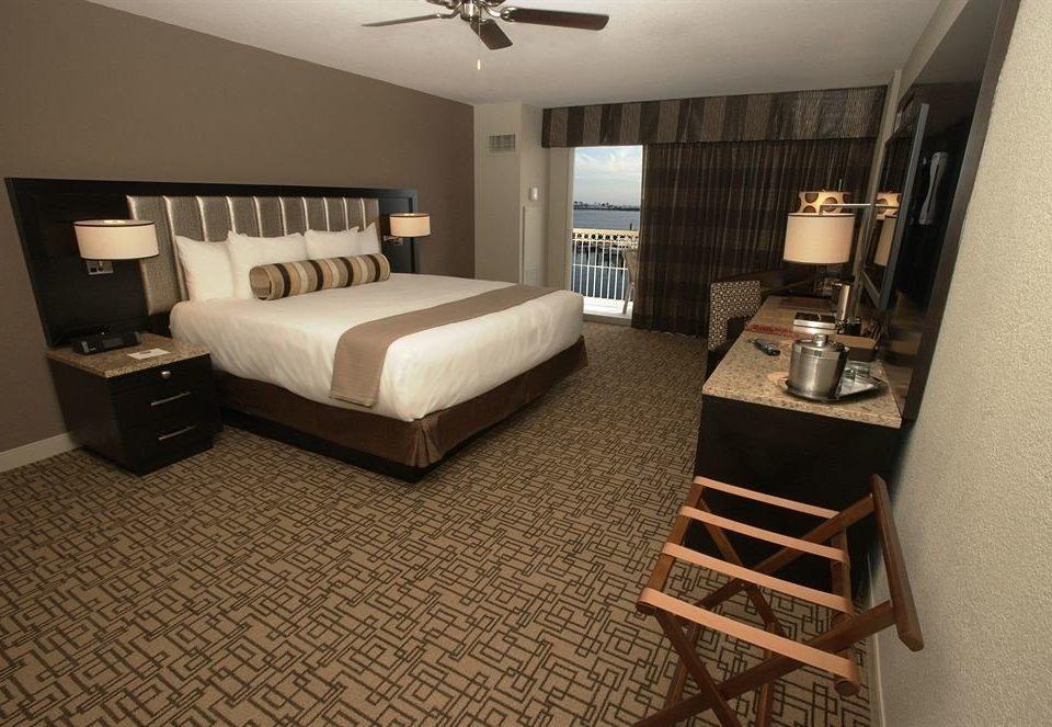 property living room Suite Bedroom home cottage condominium