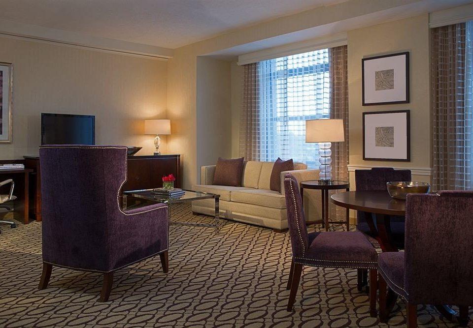 property living room Suite home hardwood condominium cottage Bedroom