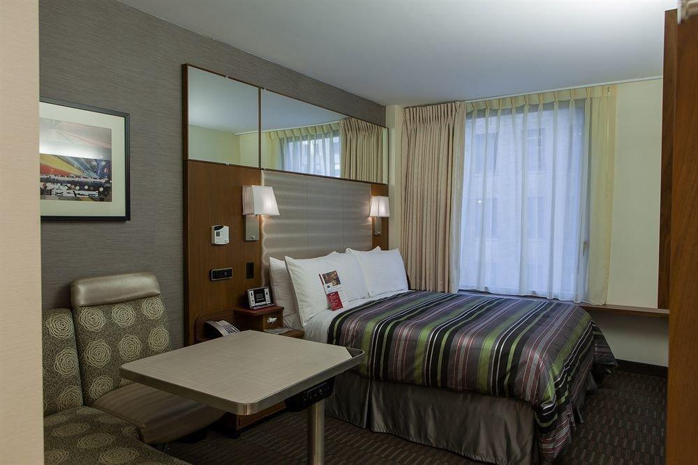 property Bedroom condominium Suite cottage home living room