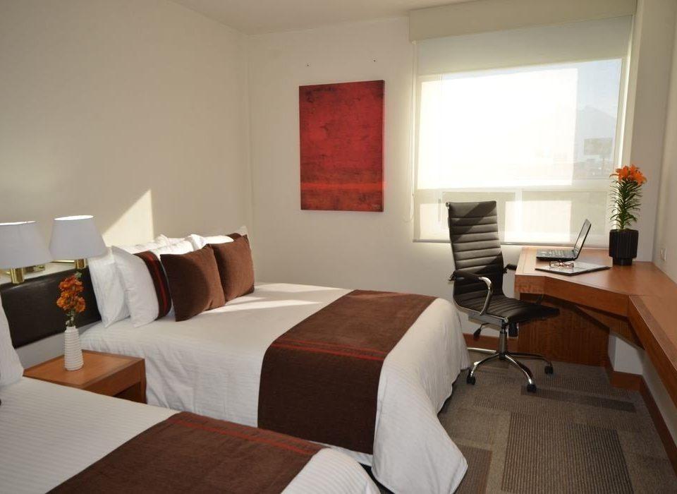 property Suite Bedroom cottage living room condominium