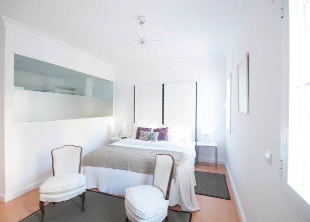 property Bedroom white home condominium cottage living room Suite