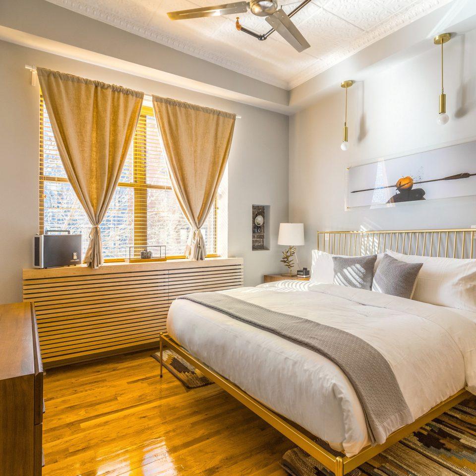 property Bedroom Suite home hardwood living room cottage condominium