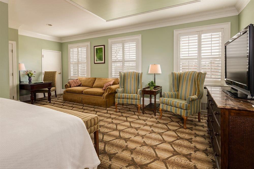 Bedroom property living room condominium Suite home cottage
