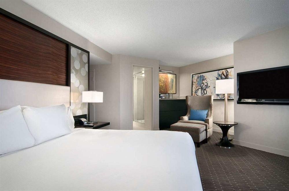 Bedroom property Suite white condominium pillow living room cottage lamp