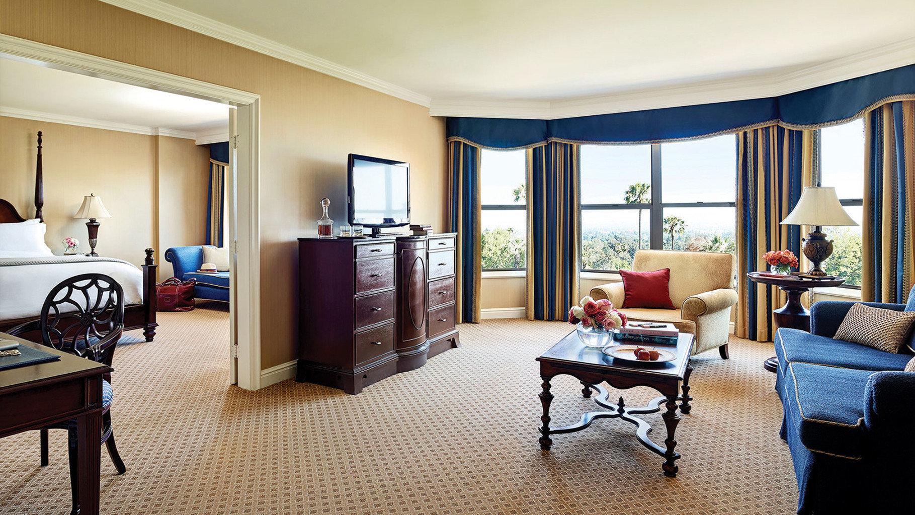 property living room home condominium Suite cottage Bedroom