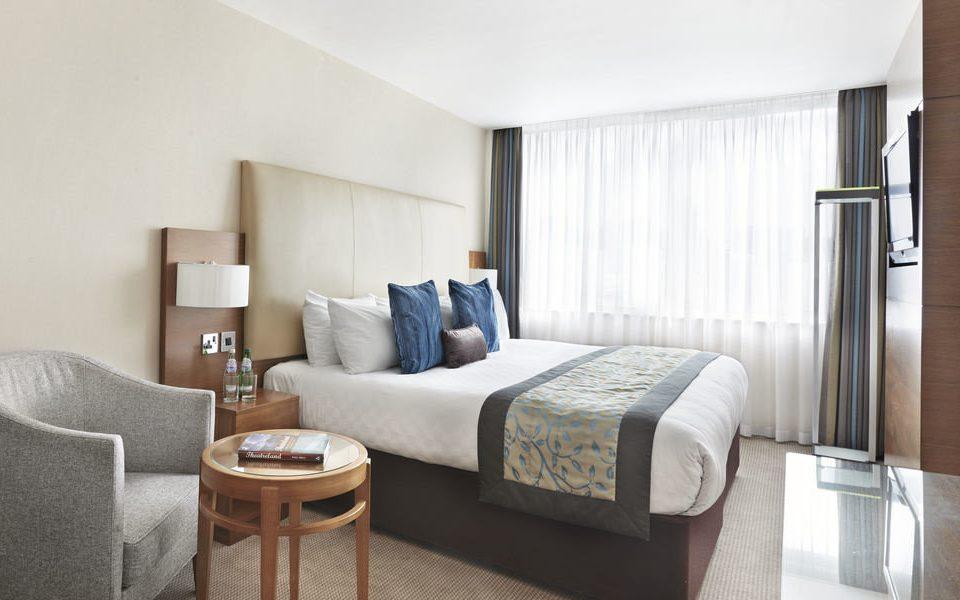 property Suite home living room condominium cottage Bedroom tan