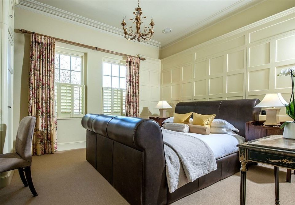 sofa property living room Bedroom home hardwood condominium Suite cottage