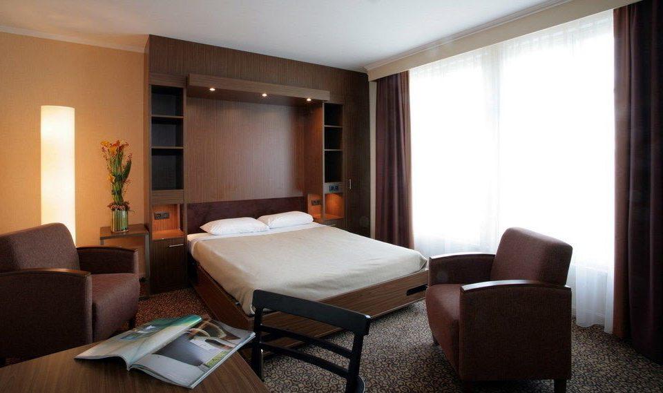 property Suite condominium living room cottage Bedroom