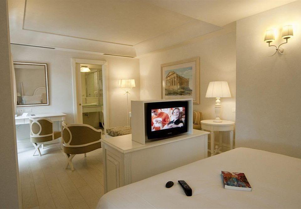 property living room home Suite Bedroom cottage condominium